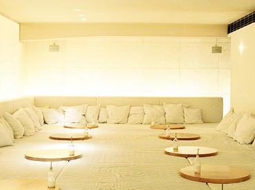 【カフェStaff】美味しい食事と音楽で、お客様だけでなくスタッフにとっても我が家のような場所を目指して――◎未経験&1日3H~OK◎
