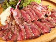 【★熟成肉専門のバルです!★】 <大好評>絶品まかないも◎1食150円♪正社員なら無料で食べられます♪