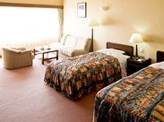 【伊豆高原】お部屋から見える海と伊豆七島!! ダイナミックな景観が魅力のホテル◎ 朝~夜まで、時間は職種により異なります。