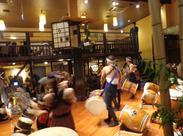 ◆+臨場感のあるお店◆+ 和太鼓演奏などお客様を楽しませる「心配り」が随所に!スタッフも楽しむ気持ちを持って働いています!