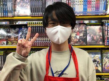 \DVD・コミック好き集まれー!/ レンタル商品を半額で♪ スタッフだけの特別特典です◎