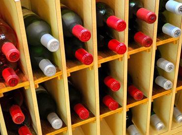 働くうちにワインの知識が自然と身につく♪ 勉強会や取得支援制度もあるので、スキルを高めたい方にも◎