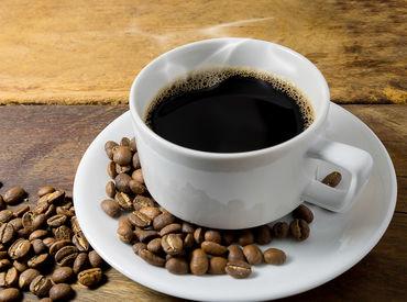 コーヒー雑貨の仕分け♪ 軽作業が未経験の方もスグ出来る◎ 女性スタッフも多数活躍中! ※写真はimage
