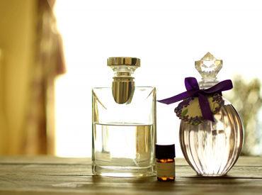 オシャレなあなたにオススメ★ ロンドンのキャンドルや香水を扱うお店で、 良い香りに包まれてお仕事できます♪