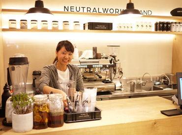 【カフェstaff】◆9/25 NEW OPEN◆身体に良いドリンクをセレクトした\NEUTRALWORKS.STAND/スグ慣れる◎とっても簡単なオシゴト♪