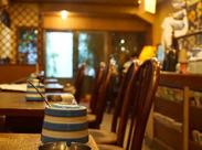 コーヒーの豊かな香りが漂う、神田の隠れ家空間…♪ガヤガヤとした雰囲気はなく、あなたのペースでゆったり働けます!