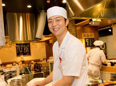 「都度揚げ」を採用し、お客様に揚げたてサクサクの天ぷらを楽しんで頂いています。