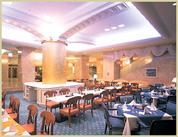 朝はビュッフェ、昼以降はレストランとして、 色んなお客様にステキな時間を過ごして頂いています♪+*
