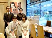 \女性活躍中/ 和気あいあいと働いています♪新宿駅南口から徒歩スグ★未経験の方も気軽にご応募ください◎