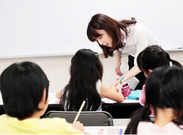 ≪小学1・2年クラスの指導≫ 週1~×短時間からOK★ 「あいうえお」などのひらがなの勉強や 数をかぞえるなどからスタート◎