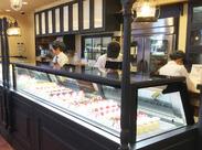 キラキラしたケーキやお菓子いっぱい*゜静岡駅内だから仕事終わりにお買い物もできちゃう(@´∪`@)