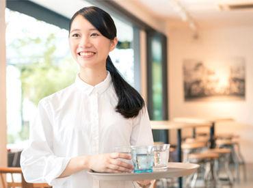 【店舗Staff】━ ずっと憧れてたCafeでのオシゴト♪*。━『好きなモノに囲まれて働くと自然と笑顔になれるんだ。』って実感できた!
