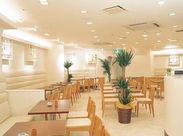 神戸の中心地・三ノ宮駅から徒歩スグの場所にある職場です♪駅も近く、閉店時間も早いため終電なども安心!