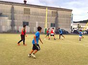 新しい事を始めよう!楽しい出会いがあります+*サッカーやフットサル経験者はお客様をプレーで楽しませる仕事も♪