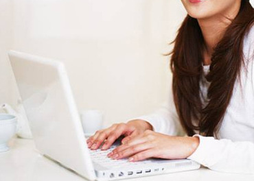 事務経験を活かしたい方や、 教育業界にご興味をお持ちの方にオススメ! PCスキルは、Excel/Wordで 文字入力ができればOK♪