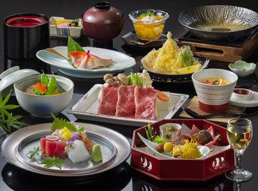 現在、お料理は部屋食でのご提供となっています◎ お任せするのは、お料理の盛り付けなど、接客は全くないお仕事です♪