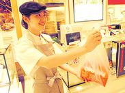 自分が笑顔で接するとお客さんも笑顔を返してくれる…接客・販売の面白さを見つけたワタシ!未経験スタートが大勢活躍中!