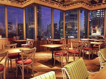 【キッチン】。*◆夜景が一望できる、お洒落なシンガポールレストラン◆*。まるで海外!?≫店内は開放感たっぷり♪アジアンリゾート風☆