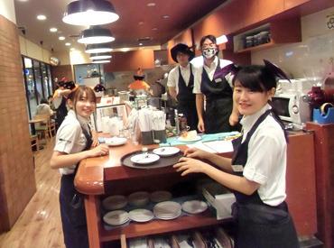 【CAFE STAFF】\ 茨木駅スグ!!×自転車&バイクOK!! /イオンモール茨木内のオシャレCAFE☆**オシゴト前後にShoppingもできちゃいますよ♪