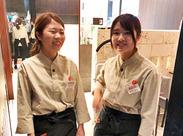 沖縄の国際通りや関東圏にも店舗展開しています♪しっかり安定して働けます◎