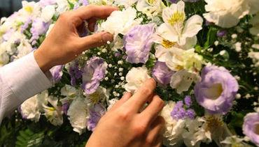 セレモニーなど冠婚葬祭時のお花に関わる事業をおこなっています! 日本国内に営業所を複数展開しています◎