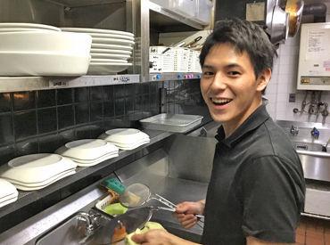 【貸切パーティ会場の調理スタッフ】少しでも調理経験があればOKメニューは6種類のみで超簡単♪高時給でサクッと働きたいならぜひ!