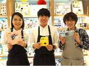 写真アルバム&マスキングテープ…店内には可愛いカメラ雑貨がたくさん!見ていてワクワクしてしまいます◎スタッフは社割でGET♪