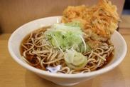 \おそば屋さんのStaff募集/ 武蔵浦和駅ナカ!食券を受け取って、料理を渡すだけ♪研修中も同時給で初めからしっかり稼げます◎