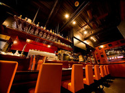 神戸の夜景が一望できる人気レストラン♪観覧車やタワーの光…夜の暗闇に映える輝きは人気の1つ★