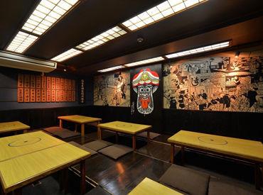 会津の唐人凧のモチーフを店内に描き出し、 多くの方に伝統工芸の存在を知ってもらえるよう 江戸の料理屋の世界観を演出★
