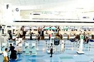 バスタ新宿でのお仕事★「バイト終わりにそのまま旅行へ行ってます」なんてスタッフも♪幅広い年齢&男女ともに活躍中★