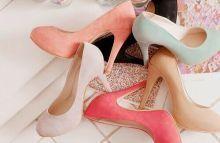 【靴の販売staff】★人気シーズブランドで勤務★嬉しい私服勤務♪ネイル/髪自由♪20~30代Staff活躍中!≪来社不要◎登録は15分で完了≫