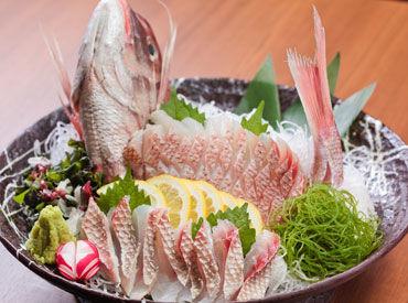 ■□ 産直鮮魚とおばんざい 魚こめ屋 □■ 新鮮な魚と和惣菜にこだわったお店です♪ おいしいまかないもありますよ★