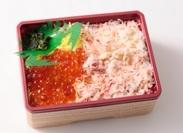 ウニ・カニ身など…直送だからこそできる、新鮮な海鮮弁当を目当てにいらっしゃるお客様がたくさん★