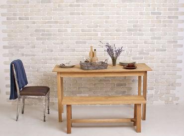 """【家具の作成staff】━━まずは簡単な作業から!「テーブルやタンス」etc…家具を作る仕事です。""""モクモク作るが好き""""な方に、オススメです★"""