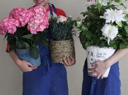 笑顔あふれる店内には、お花の良い香りが漂います♪ 天然のアロマで、お店にいるだけで自然と楽しい気分に☆+゜