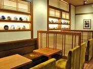 店内は江戸情緒を表現した純和風のデザイン!ゆっくりと落ち着いて過ごせる癒しの空間★TV番組で紹介されたこともあるんです♪