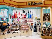 身近な商品≪靴下≫の販売がお仕事♪ 【アパレル初心者】も大歓迎!! 靴下のはきこなし方はが身について、楽しいですよ★