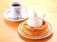 サクサク焼いたデニッシュパンの上にた~っぷりのソフトクリーム♪ 一度食べたらトリコになる!シロノワールが大人気★