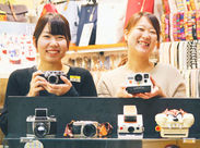 STAFFは学生・フリーターなど若手が中心♪みんなカメラが大好き◎お仕事しながら、気の合うカメラ仲間が見つかりますよ★*
