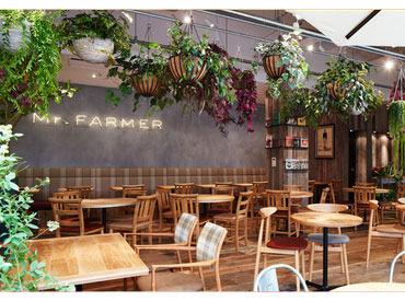 【カフェSTAFF】\*New Staff大募集*/新宿ミロードのおしゃれなカフェでアルバイト!(新宿駅南口から徒歩1分♪)
