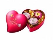 チョコレートを食べていると幸せなキモチになりませんか?♪そんな幸せをたくさんのお客さまへお届けするお仕事です☆。*