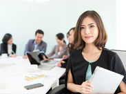 安定した仕事でプライベートも充実できる★慣れるまでは先輩が付いてしっかりサポート♪20代~30代女性活躍中!