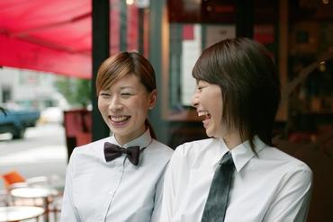 【ブライダルStaff】レストランでのホールサービススタッフ★サービスで感動を!ウェディング・レストランでのサービススタッフ安心のフォロー体制