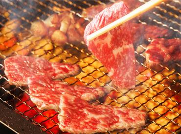 【ホールStaff】\ゆるっと週2・短時間4hシフト/★集まれ!お肉好き!焼肉店Staff★ボリューミーな肉まかないがタダ!髪色・ピアス自由♪