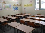 実際の仕事場の写真です。教室や授業の雰囲気に慣れるまではもちろん、スタートしてからもしっかりサポートしていきます!