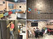 とってもキレイな新しいオフィス★ 休憩室はソファやカウンターがあって、居心地抜群!! いつもみんなでお喋りを楽しんでいます♪