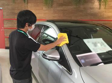 車の知識は、働きながら徐々に覚えていきましょう! 同年代の先輩がしっかり教えます!!