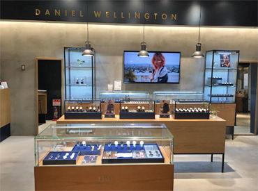 もう知らない人はいないのでは? スウェーデン発の人気ブランド【Daniel Wellington】 落ち着いた大人な雰囲気が魅力のお店です。