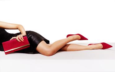 【SHOPスタッフ】≪高時給MAX1450円♪交通費支給&私服OK≫即日~長期!フルタイム歓迎◎女性のためのデイリーシューズブランドで靴販売♪*・゚